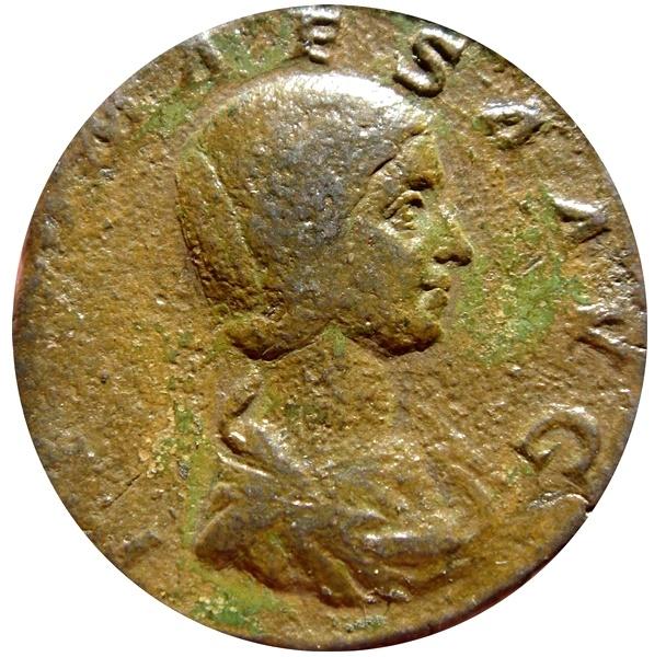 Ancient Coins - Roman Empire - Julia Maesa, sister of Julia Domna and grandmother of Elagabalus (218-222 A.D.), bronze sestertius (20,48 grs. 30 mm.). Rome mint, PIETAS. AVG.