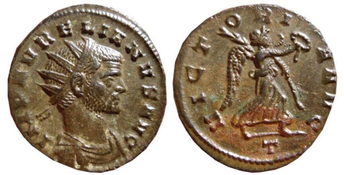 Ancient Coins - Aurelian billon antoninianus. Mediolanum, 270-275 AD. VICTORIA AVG. T. Scarce. EF.