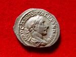 Ancient Coins - Roman Empire - Severus Alexander (222 - 235 A.D.) silver denarius (4,10 grs. 21 mm.) minted in Rome in 225 A.D. VIRTVS AVG.