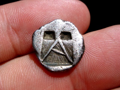 Ancient Coins - Very rare!!  Argolis, Argos silver hemidrachm minted around 490-480 B.C.