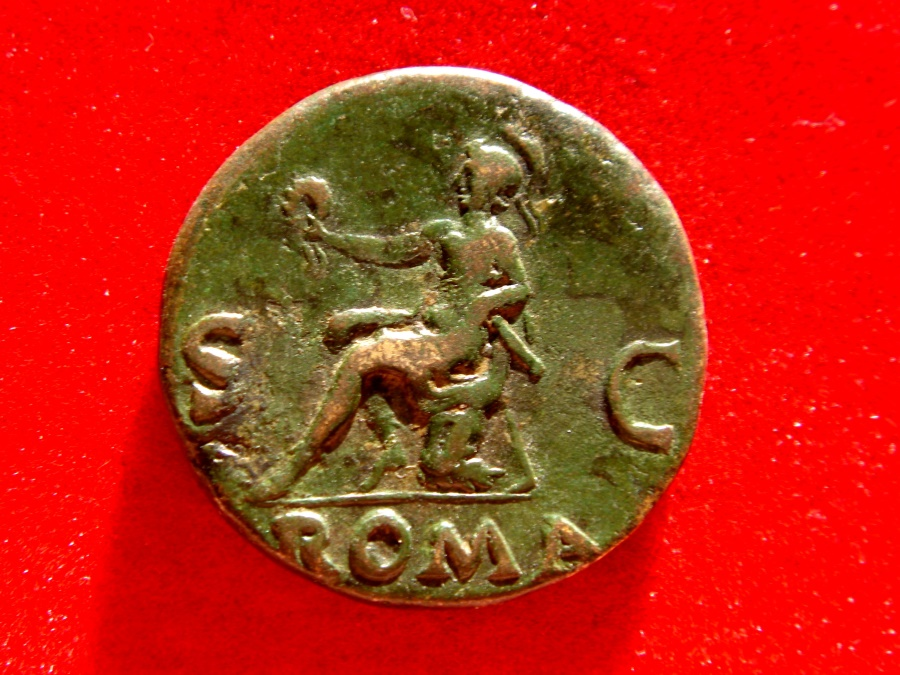 Ancient Coins - Roman Empire - Vespasian (69 - 79 A.D.), bronze dupondius (13,30 g. 26 mm) from Rome mint, 71 A.D. ROMA. Roma seated left between S - C. Very rare.