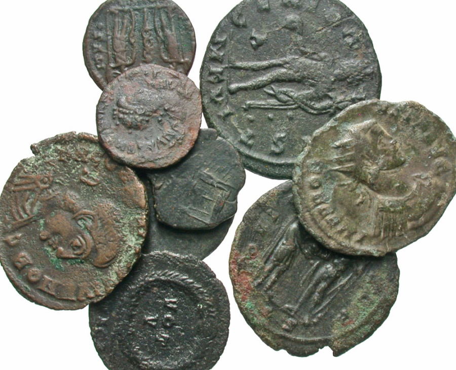 Ancient Coins - [Roman Imperial]. Lot of nine Æ, including a large Leo I.